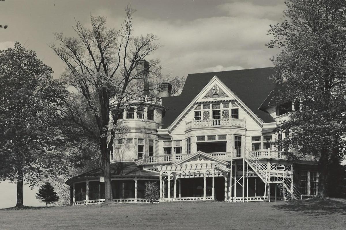 Northborough Manor - Main Entrance View - B